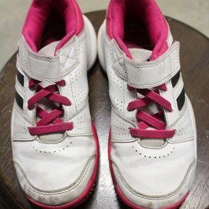 GIrl's Adidas Sneaker size 13 1/2
